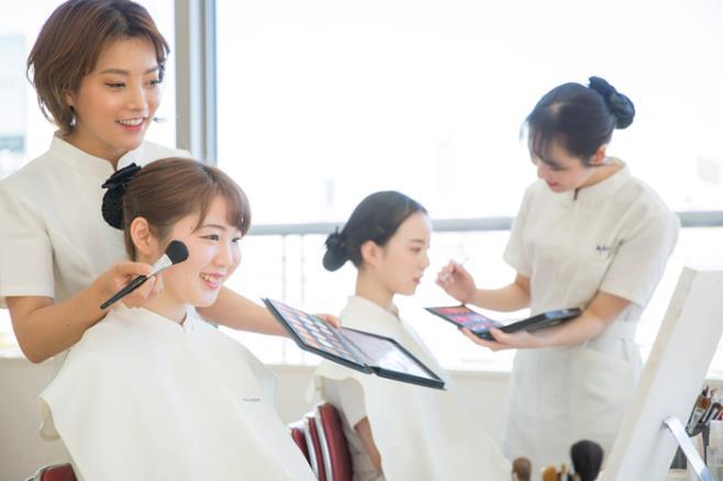 헐리우드미용전문학교 일본취업 4.JPEG