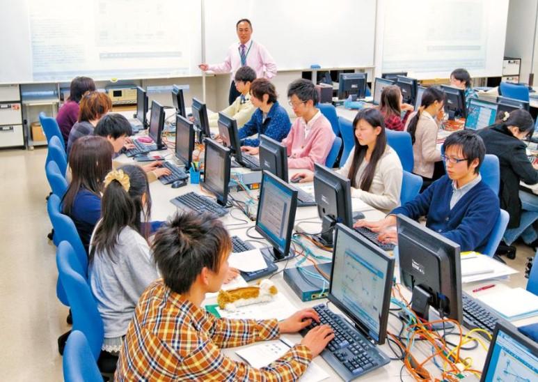 일본전자전문학교 AI시스템과 2.jpg